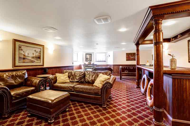 custom furniture by best furniture manufacturers
